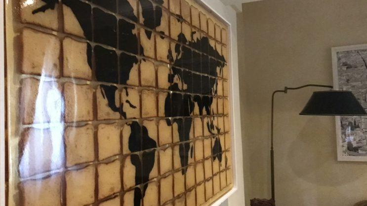 Mabelle Residenza Sassetti - Quadro de Mapa-Mundi de Pão de Forma