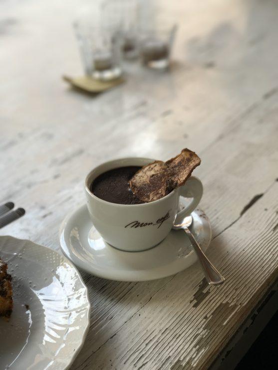 O que fazer em Módena, Itália: Chocolate Quente do Mon Cafè