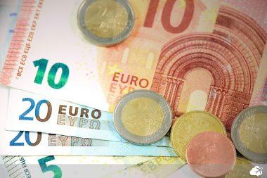 euro é a moeda da itália