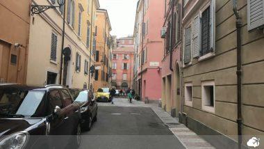 ruas de módena na itália