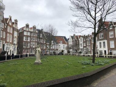 A vila de Begijnhof