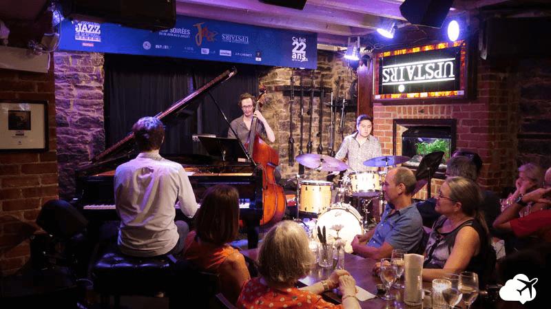 upstairs jazz bar montreal canada