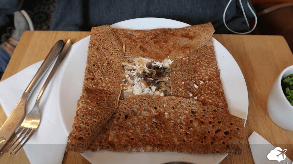 Delicioso crepe na Le Creperie