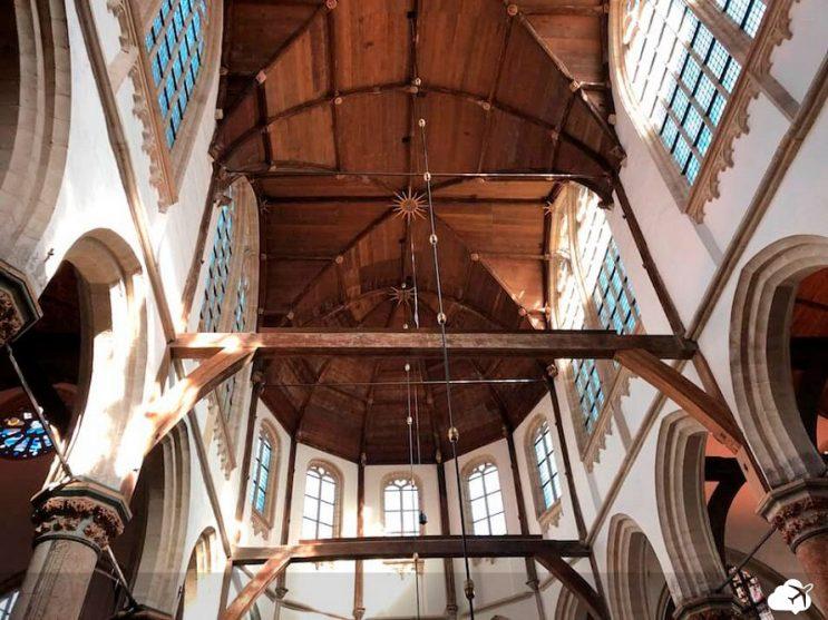 oude kerk por dentro