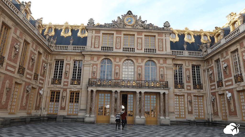 Corte de Honra do Palácio de Versalhes