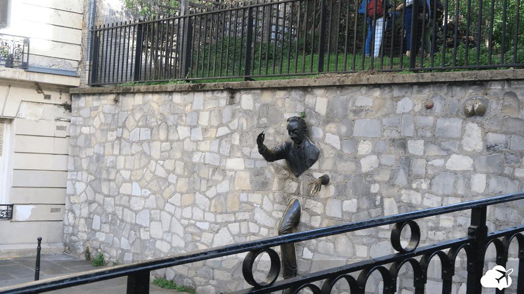 Escultura Place Marcel Aymé