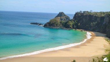Praia do Sancho, uma das manis belas do mundo