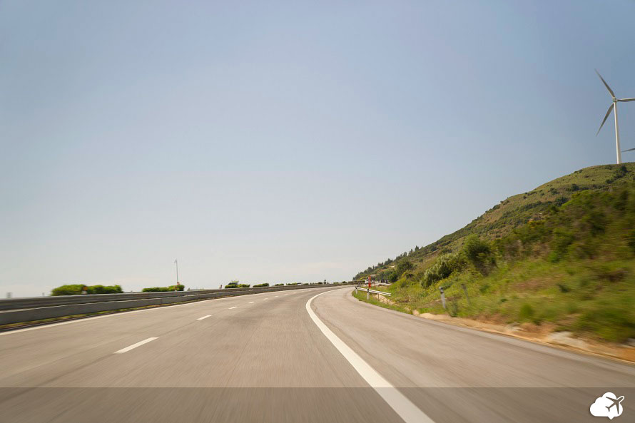carro alugado estrada portugal