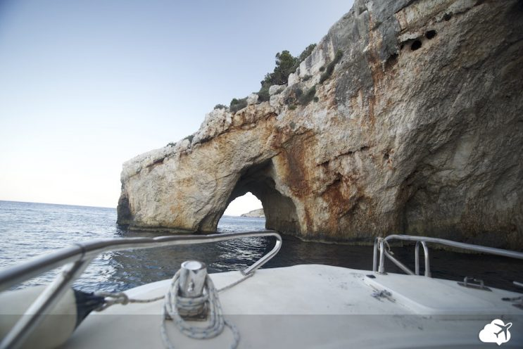 barco blue caves zakynthos