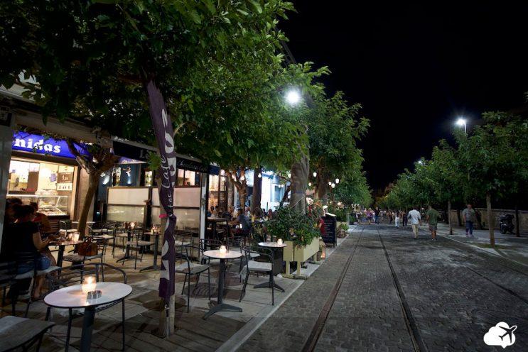 bairro plaka vida noturna atenas