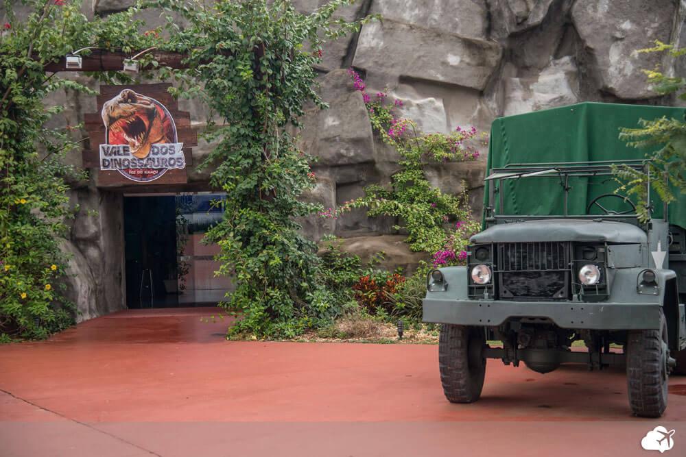 vale dos dinossauros foz iguacu