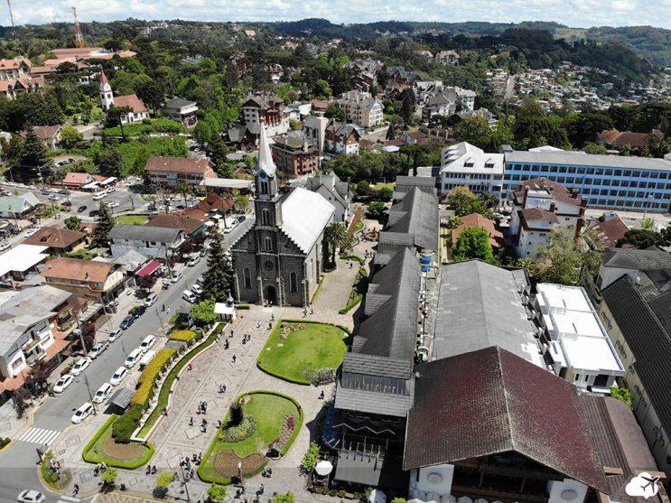 Vista da Igreja Matriz São Pedro em Gramado
