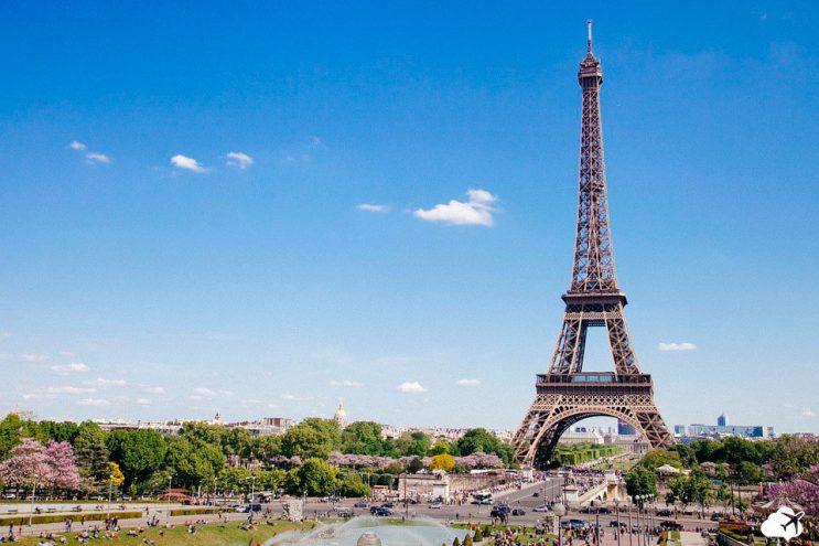 Torre Eiffel em Paris viajar em janeiro
