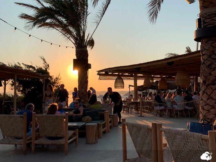 beach club scorpios em mykonos