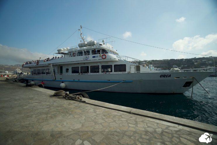 barco para tour na ilha de delos