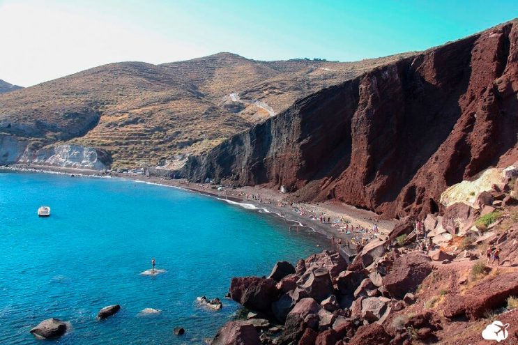 praia vermelha red beach santorini