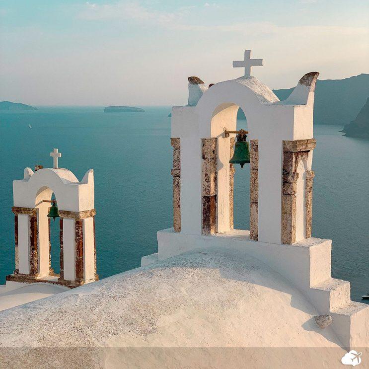 igreja em santorini grecia