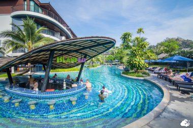 piscina holiday resort krabi