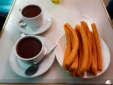 churros e chocolate quente na chocolateria san guines