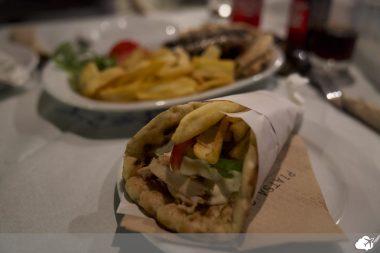 o gyros comida típica da grécia