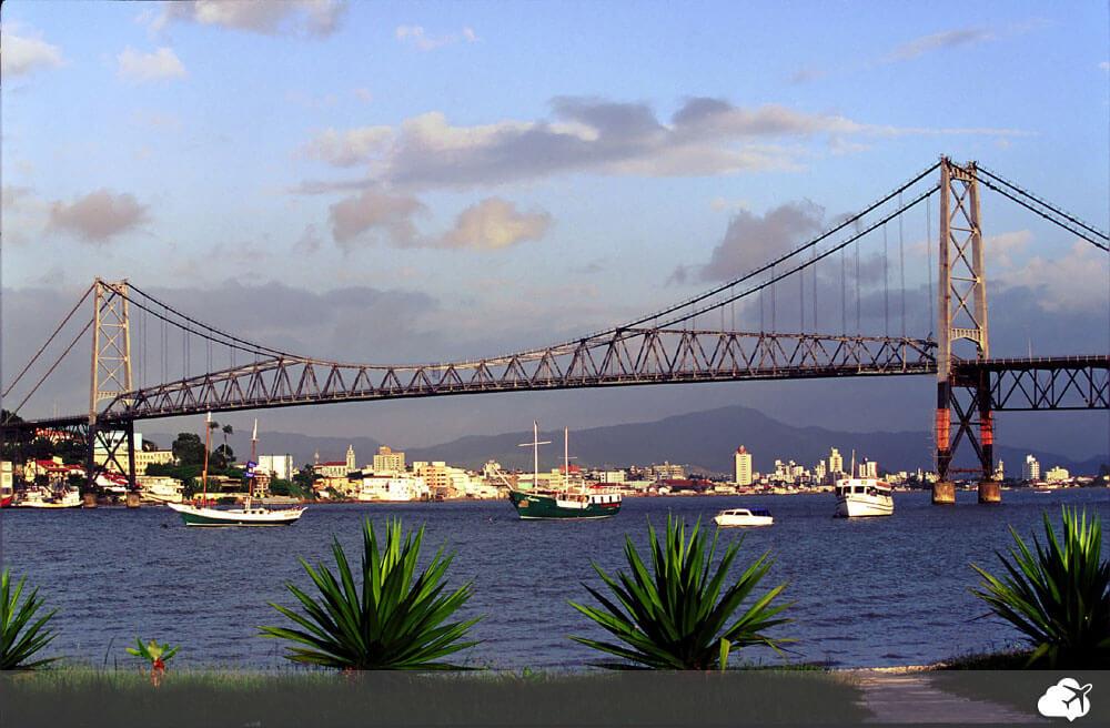 ponte hercílio cruz em florianópolis