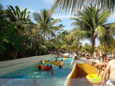 thermas dos laranjais em olímpia é um dos parques aquáticos do brasil