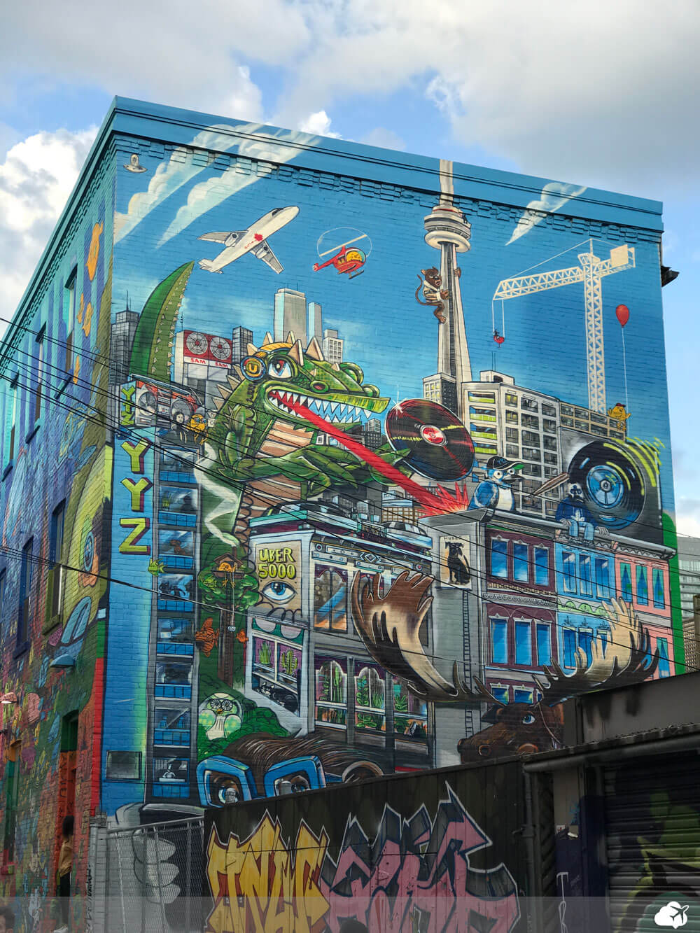 graffiti alley toronto canada