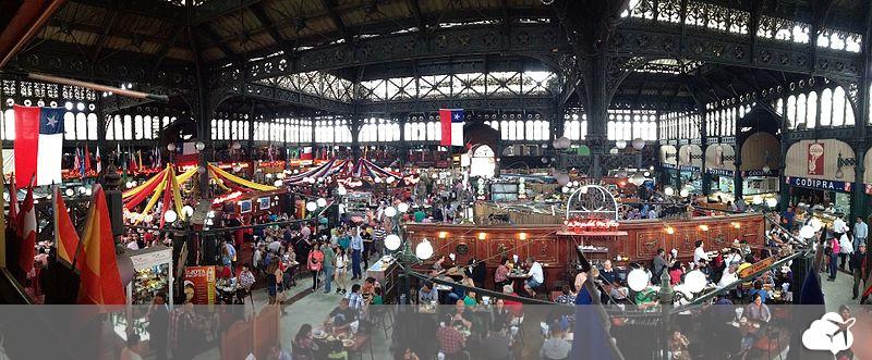 parte interna do mercado central de santiago