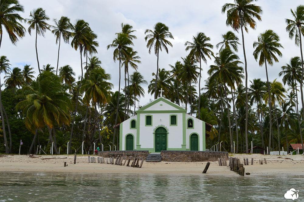 capela na praia dos carneiros pernambuco